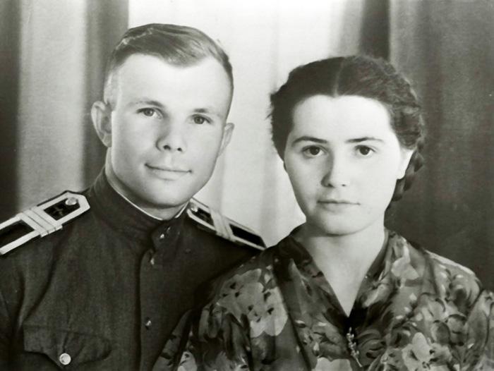 http://img0.liveinternet.ru/images/attach/c/5/86/441/86441662_1957_c__zhenoy.jpg