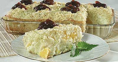 Абрикосовый пирог с посыпкой