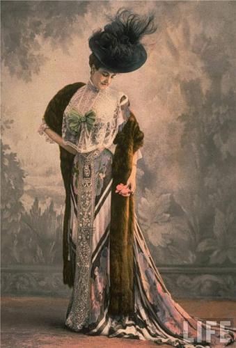 Купить женскую одежду в стиле 19 века