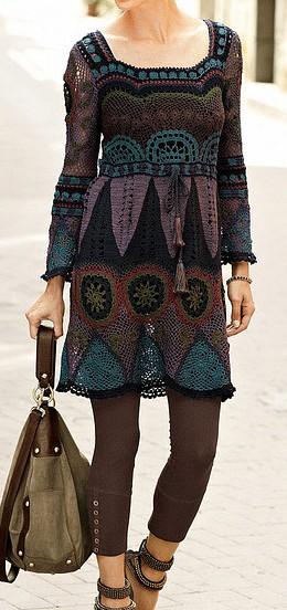 Платье ажурное собранное из мотивов разных конфигураций ,связанных крючком/4683827_20120427_215249_1_ (260x552, 54Kb)