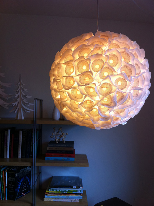 ds_diy_paper_chandelier_lit (500x669, 102Kb)