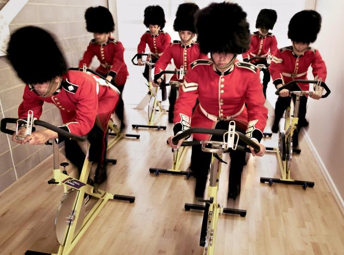 королевские гвардейцы фото 13 (700x519, 136Kb)