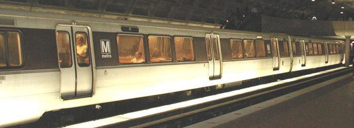 washington_dc_metro_station_train2 (700x254, 49Kb)