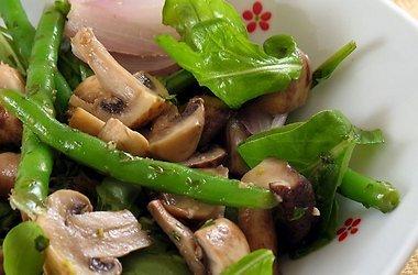 1333542081_recept-kartofelnyj-salat-s-gribami (380x250, 26Kb)