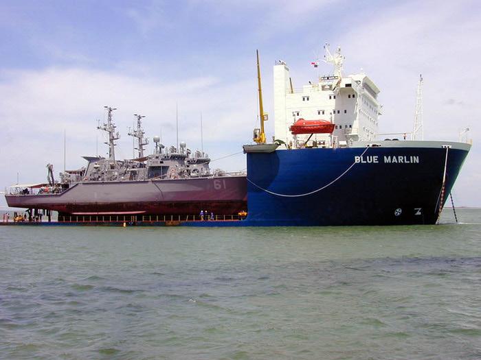 большой карабль фото 3 (700x525, 104Kb)