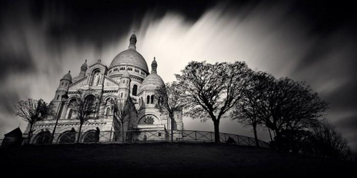 Черно-белые фото парижа Damien Vassart 5 (700x349, 52Kb)