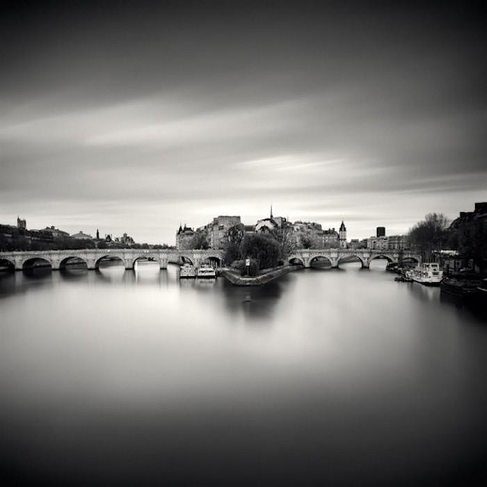 Черно-белые фото парижа Damien Vassart 8 (700x700, 52Kb)