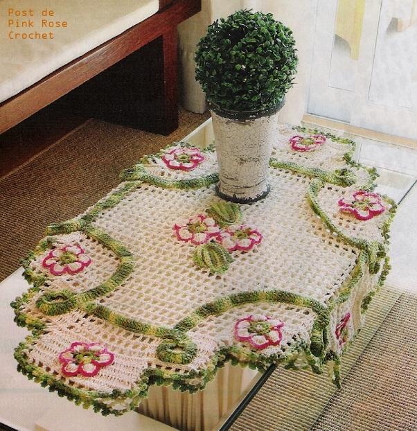 Centro de Mesa Crochet Cordao e Flores (602x622, 435Kb)