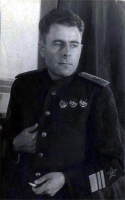 1336385767_Dnevnik_admirala_Golovko_Rekonstrukciya_zhizni___gol3 (250x399, 31Kb)