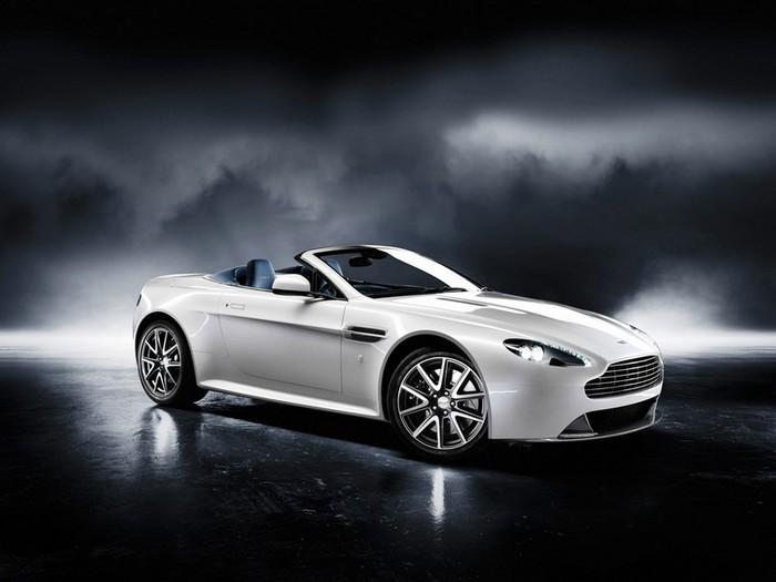 Самые красивые машины 2011 года по версии журнала Forbes Aston Martin Virage Volante 1 (700x525, 56Kb)
