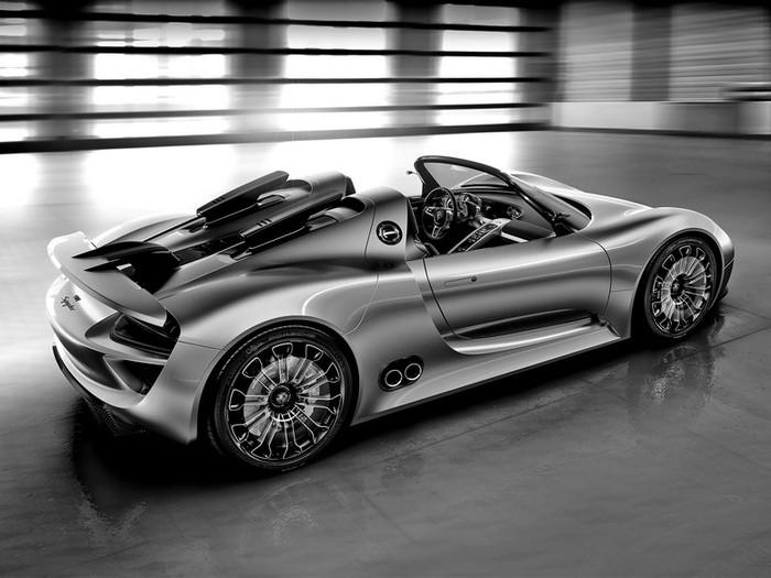 Самые красивые машины 2011 года по версии журнала Forbes Porsche 918 Spyder Hybrid 3 (700x525, 78Kb)