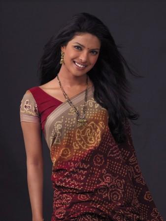 priyanka-chopra-saree-Fashinbox.blogspot.com (6) (337x450, 33Kb)