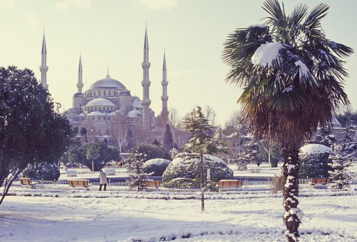Зимний_Стамбул (700x475, 391Kb)