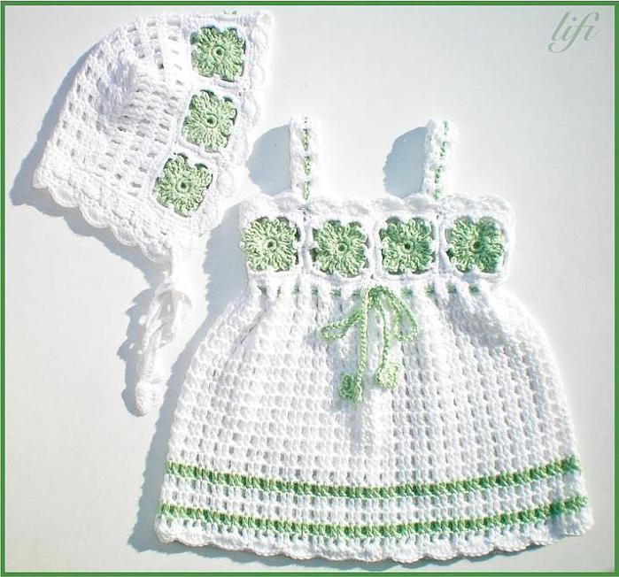 белое с зеленым платье и шапочка (699x652, 72Kb)