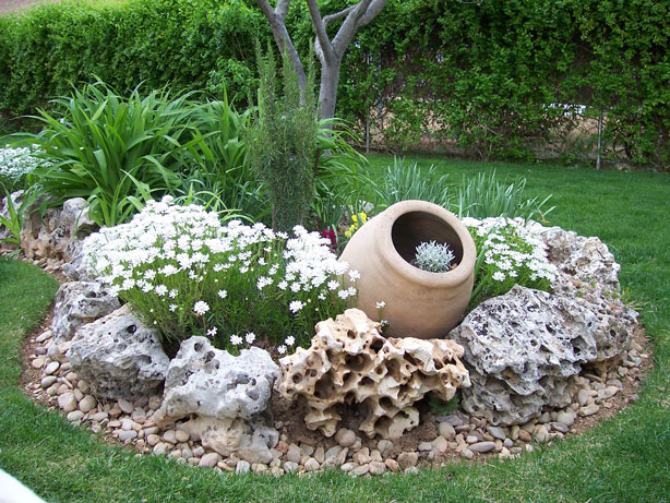 Украшения из натуральных камней из. biserka.net - Эксклюзивные украшения из бисера и полудрагоценных камней.