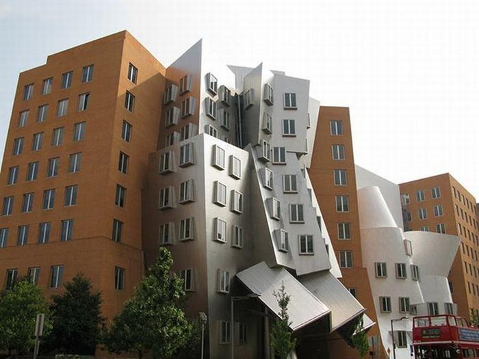 Необычные здания со всех уголков света 33 (700x525, 73Kb)
