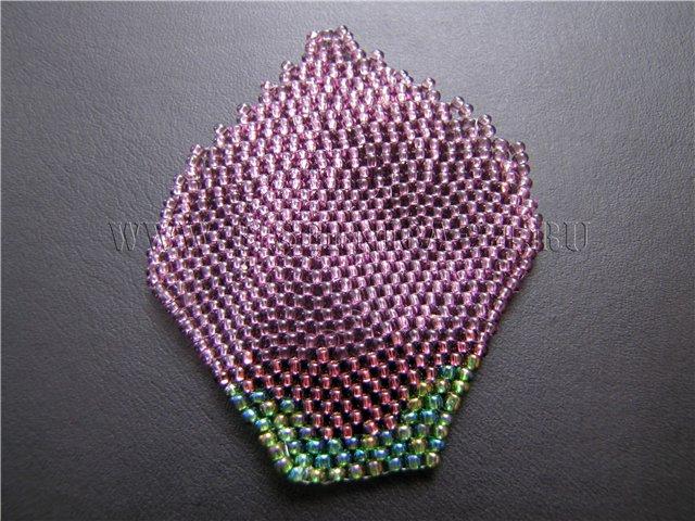 Листик из бисера кирпичным плетением - Мастер класс с пошаговыми фото.