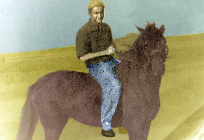 На коне-11 (700x478, 107Kb)
