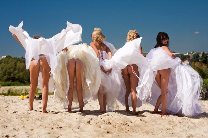 Порно видео на свадьбе в стрингах 140