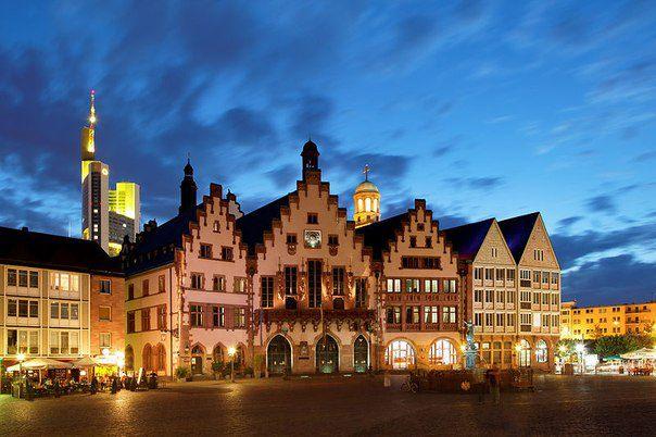 Рёмер — название старинной ратуши во Франкфурте-на-Майне. Уже более 600 лет здание является символом города (604x402, 54Kb)