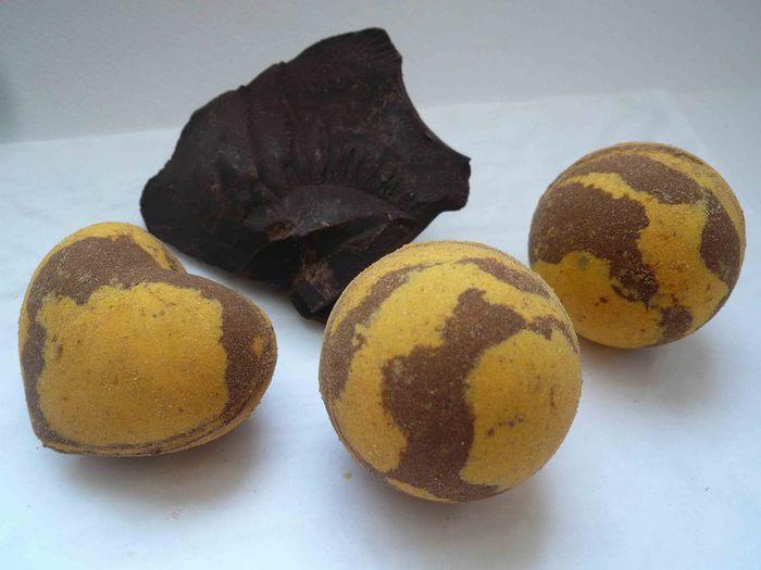 Бомбочки для ванны апельсин в шоколаде (700x525, 44Kb)