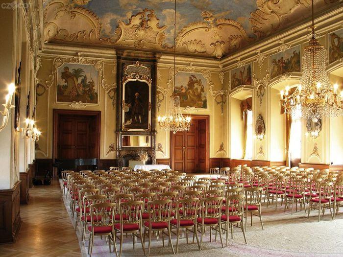 Замок Добриш - королевское имение 87191