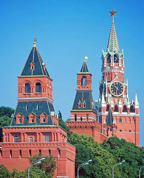 Взгляд на Московский Кремль.