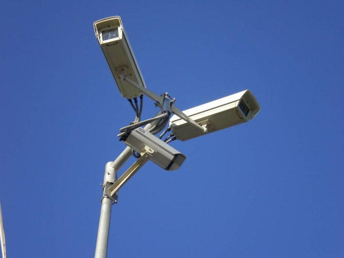 Москва и москвичи на мониторах видеонаблюдения. Истории из жизни