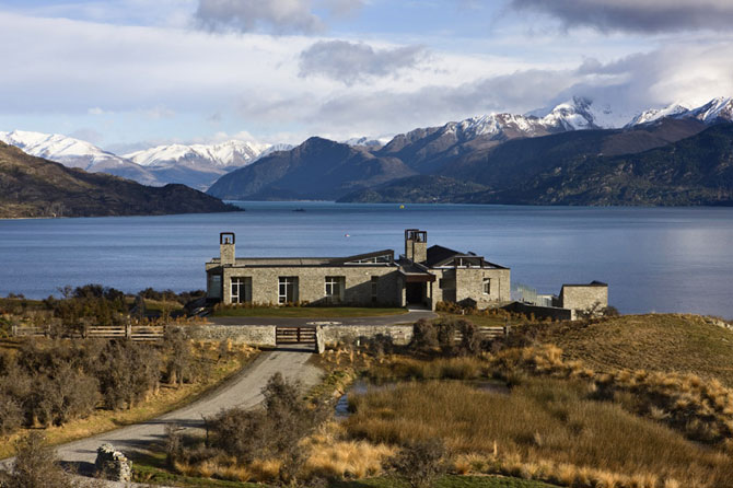 красивый дом на берегу озера (670x446, 74Kb)