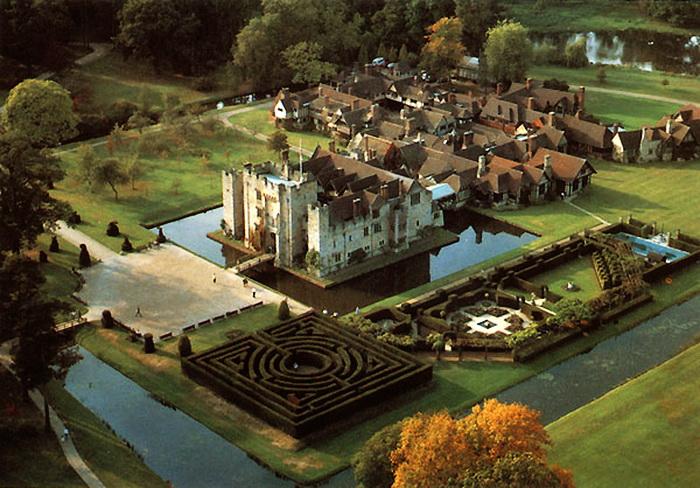 Hever-Castle-Kent-castles-789239_600_418 (700x488, 158Kb)