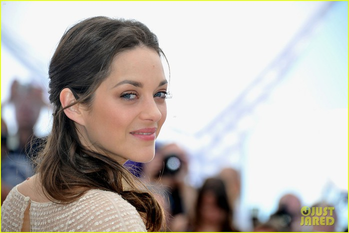 marion-cotillard-cannes-photo-call-09 (700x466, 59Kb)