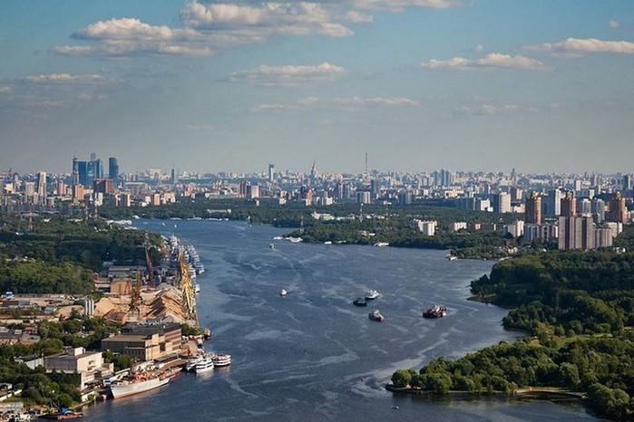 Лучший подарок - достопримечательности Москвы с высоты птичьего полета 14 (700x466, 94Kb)