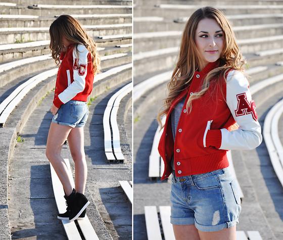 Уличная мода 2012 яркие образы девушек