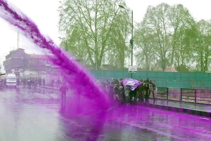 цветной водомет фото 4 (700x466, 133Kb)