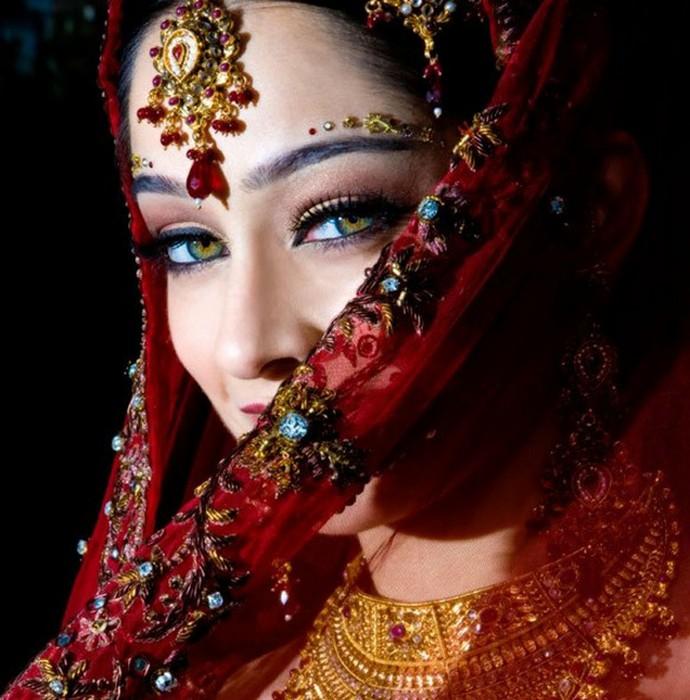 Портретные фото невест из Индии 7 (690x700, 109Kb)
