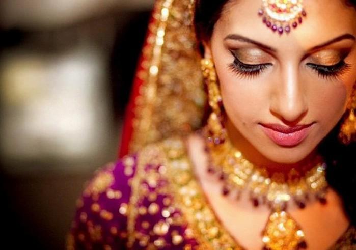 Портретные фото невест из Индии 9 (700x491, 65Kb)