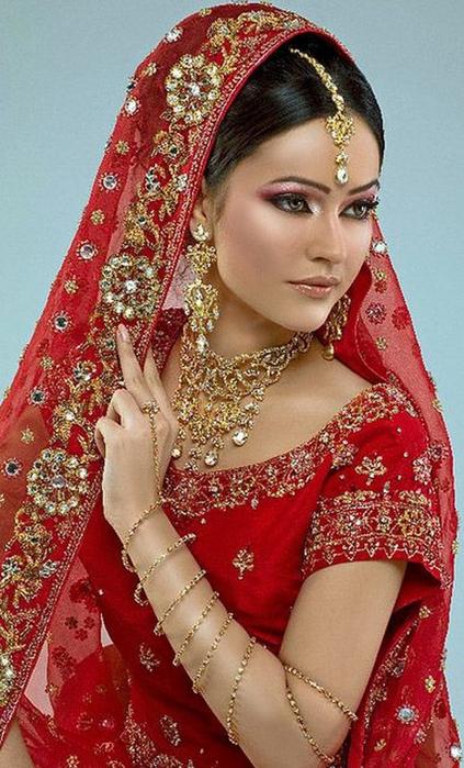 Портретные фото невест из Индии 27 (423x700, 388Kb)