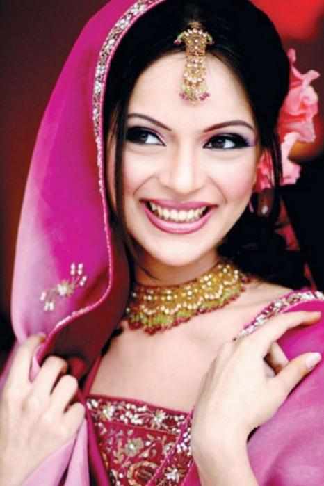 Портретные фото невест из Индии 31 (466x700, 314Kb)