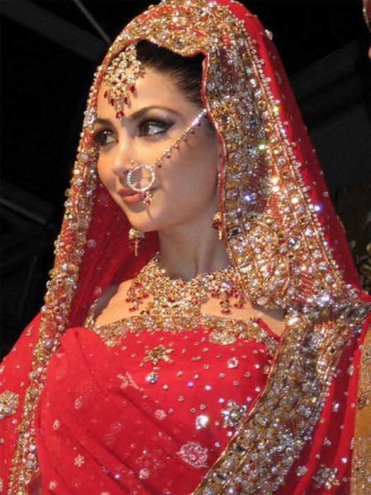 Портретные фото невест из Индии 38 (525x700, 416Kb)