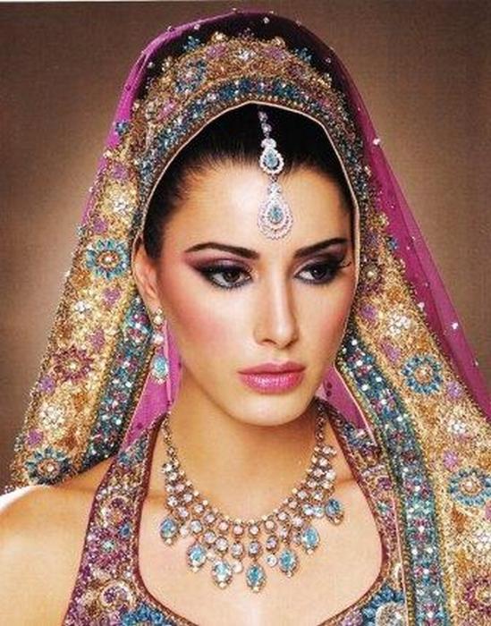 Портретные фото невест из Индии 55 (549x700, 433Kb)