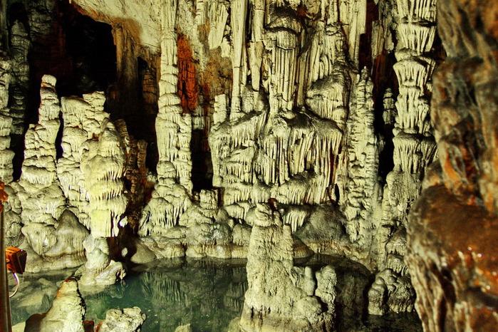 пещера Зевса (700x466, 181Kb)