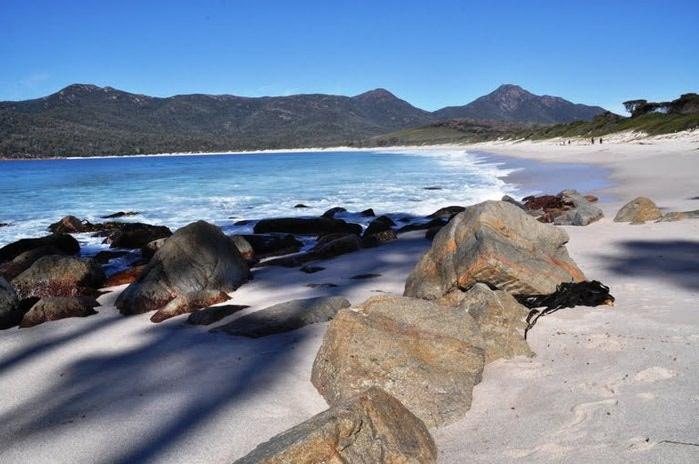 Пляж Wineglass Bay фото 6 (700x464, 77Kb)