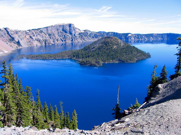 crater_lake_large (700x525, 100Kb)