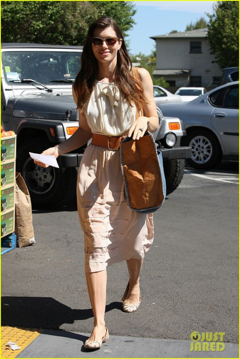jessica-biel-grocery-shopping-01 (468x700, 107Kb)