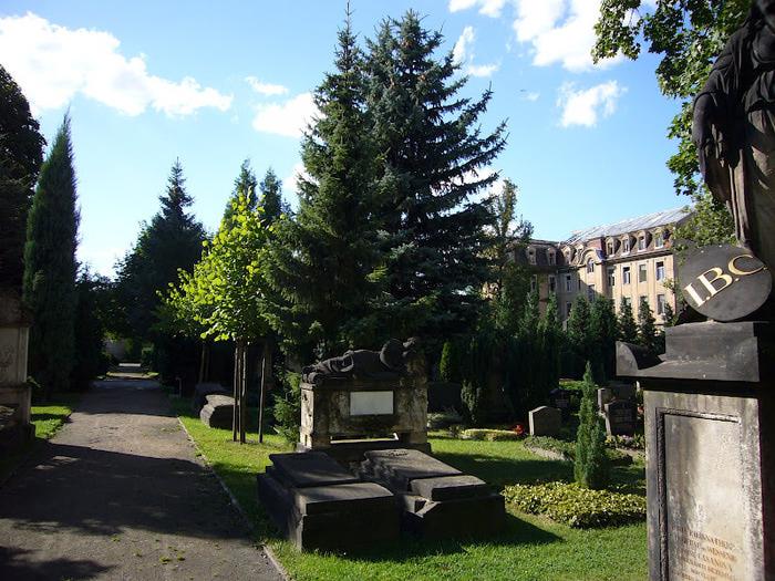 Старое католическое кладбище в Дрездене 86021