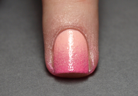 09-gradient-nail-tutorial-after-sponging_bd (1) (448x313, 100Kb)