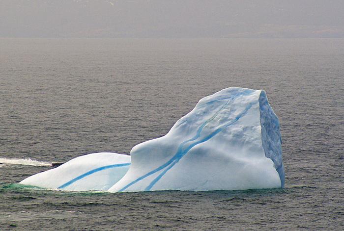 striped-iceberg-1 (700x471, 134Kb)