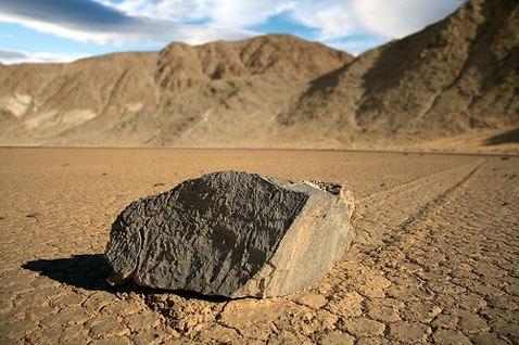 ползающие камни долина смерти фото 1 (478x318, 49Kb)