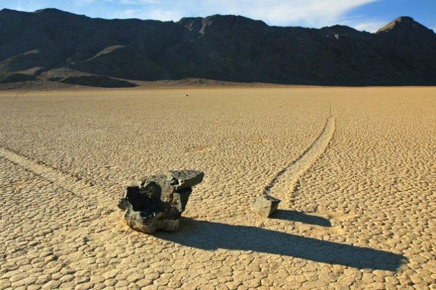 ползающие камни долина смерти фото 7 (625x416, 70Kb)