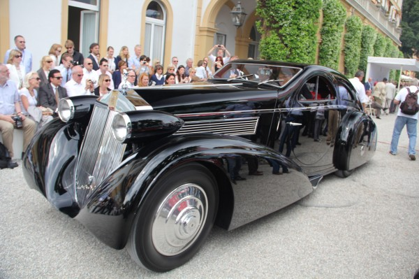 1338468570_1925-round-door-rolls-royce-phantom-from-petersen-museum-j (600x399, 81Kb)